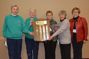 SNR 2nd RA 1 Ruth Smith 2 Rita Shonfield 3 Marilyn Ouderkirk Skip Margaret Woodley Chisholm -1076